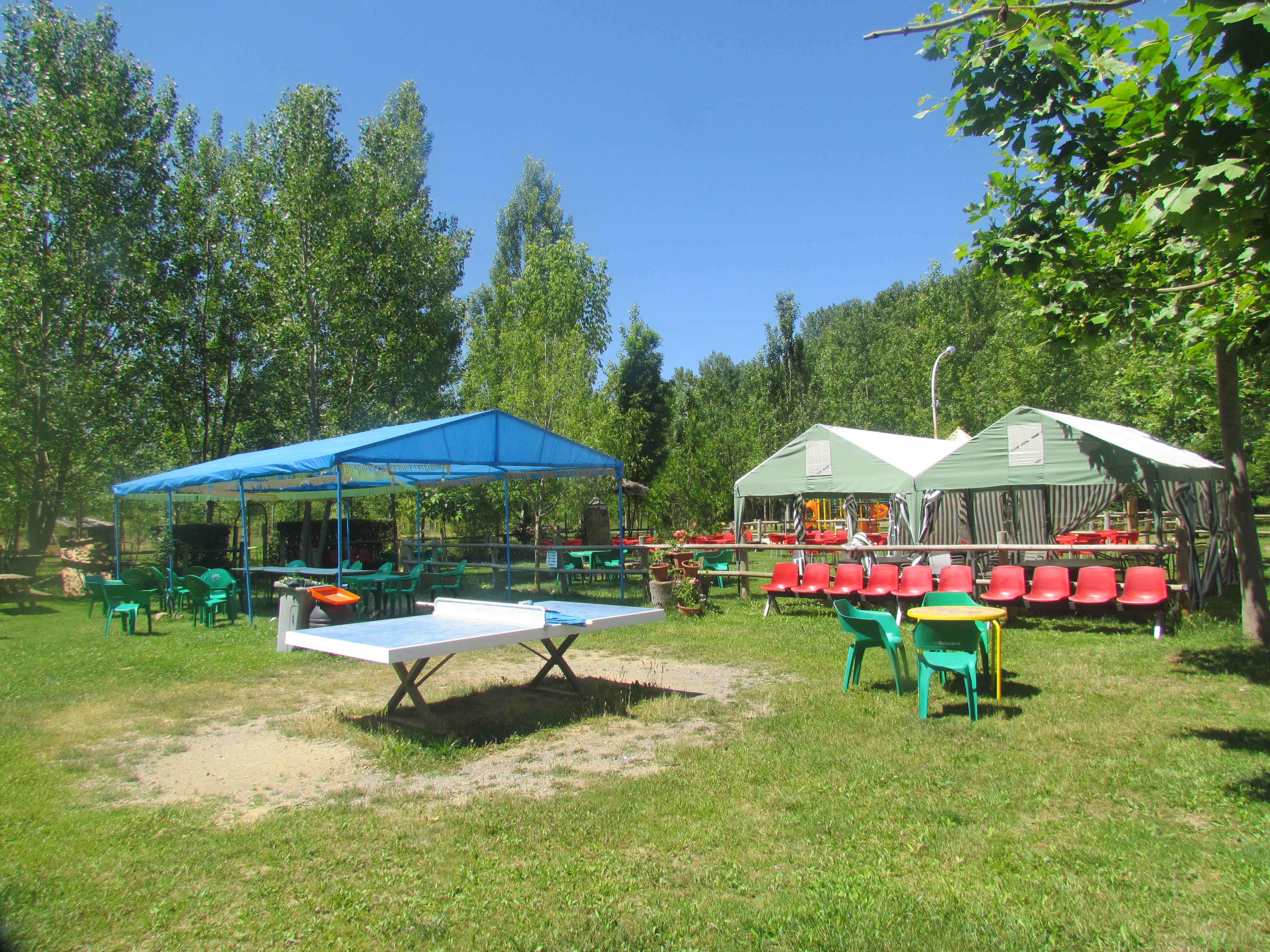 Zona Camping Ayuntamiento De Llamas De La Ribera